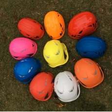 China New Arrival Kid Outdoor Rock Climbing Helmet, Ultra-light weight and mountaineering helmet AU-M01 factory